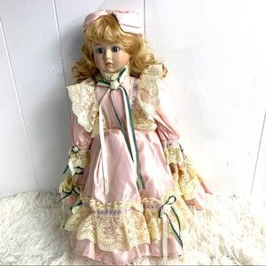 Heritage House Laura Limited edition Musical Doll